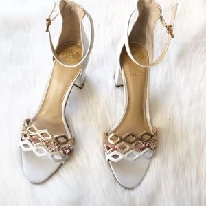 NEW Vince Camuto Caveeno leather sandals 9